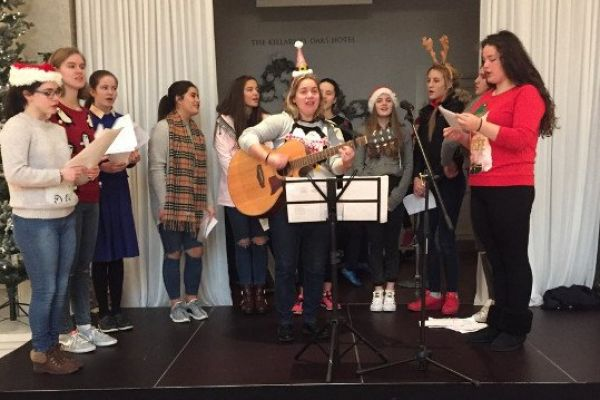 choir-for-muckrossB25E027C-3D2C-1EBB-3031-84935085B0F5.jpg