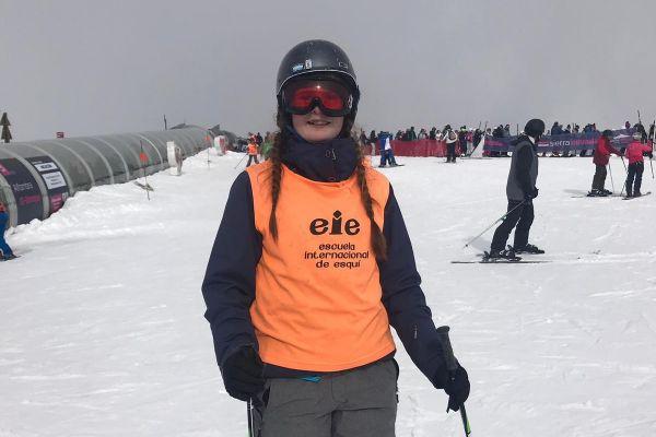 ski357670DC2-3FFF-D8AC-AF49-07EA094C0D9C.jpg