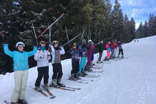 skiing1FE1EE0DC-ED5A-5126-79A9-73CE9CC7EBE9.jpg